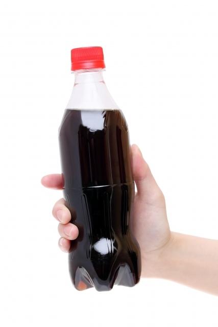 コカコーラゼロはダイエット中に飲んでも大丈夫なの?入っている人口甘味料は健康に悪いの?その疑問にお答えします!