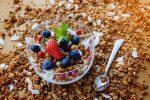 フルーツグラノーラを食べると痩せるの?太るの?